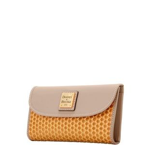 new DOONEY & BOURKE Beacon wallet